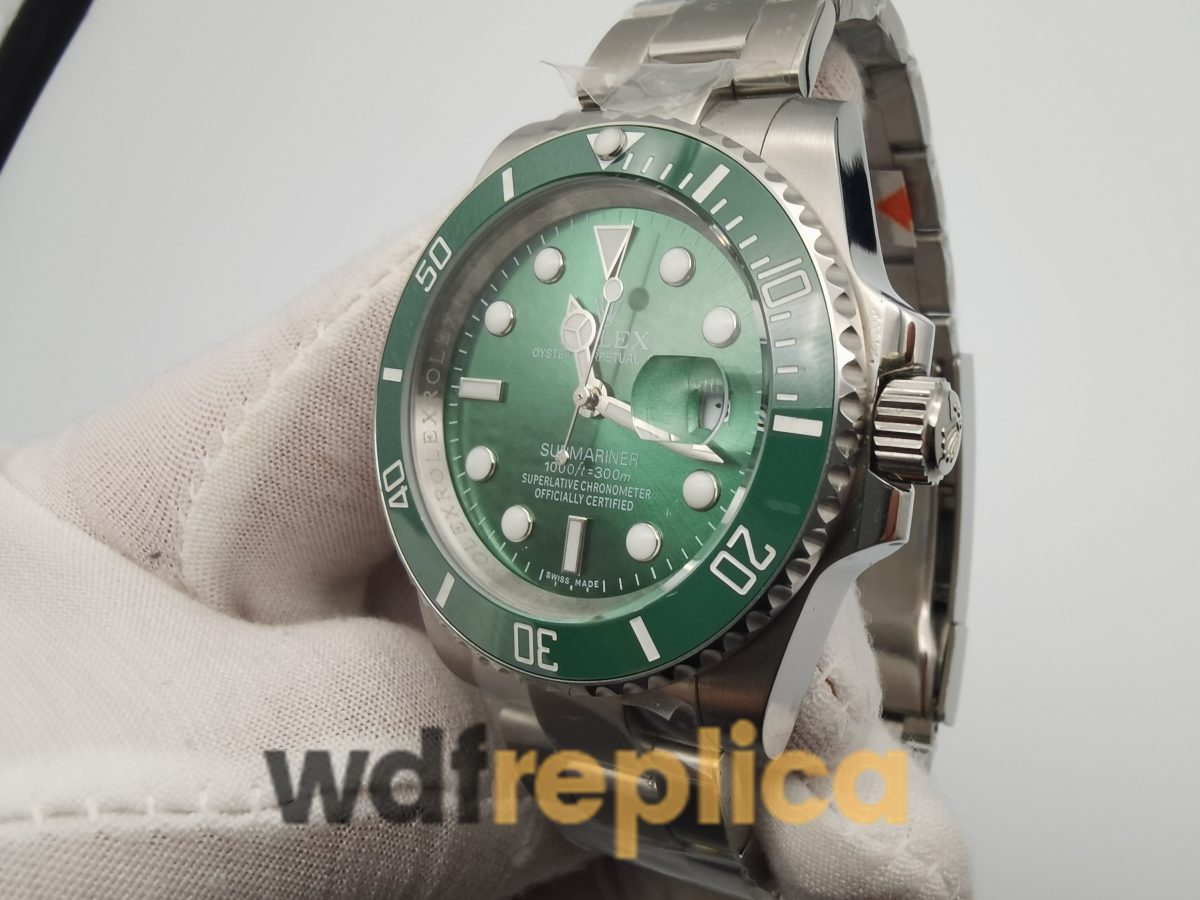 Rolex Submariner 116610lv 40mm Stainless Steel And Green Dial Silver Strap For Men Watch