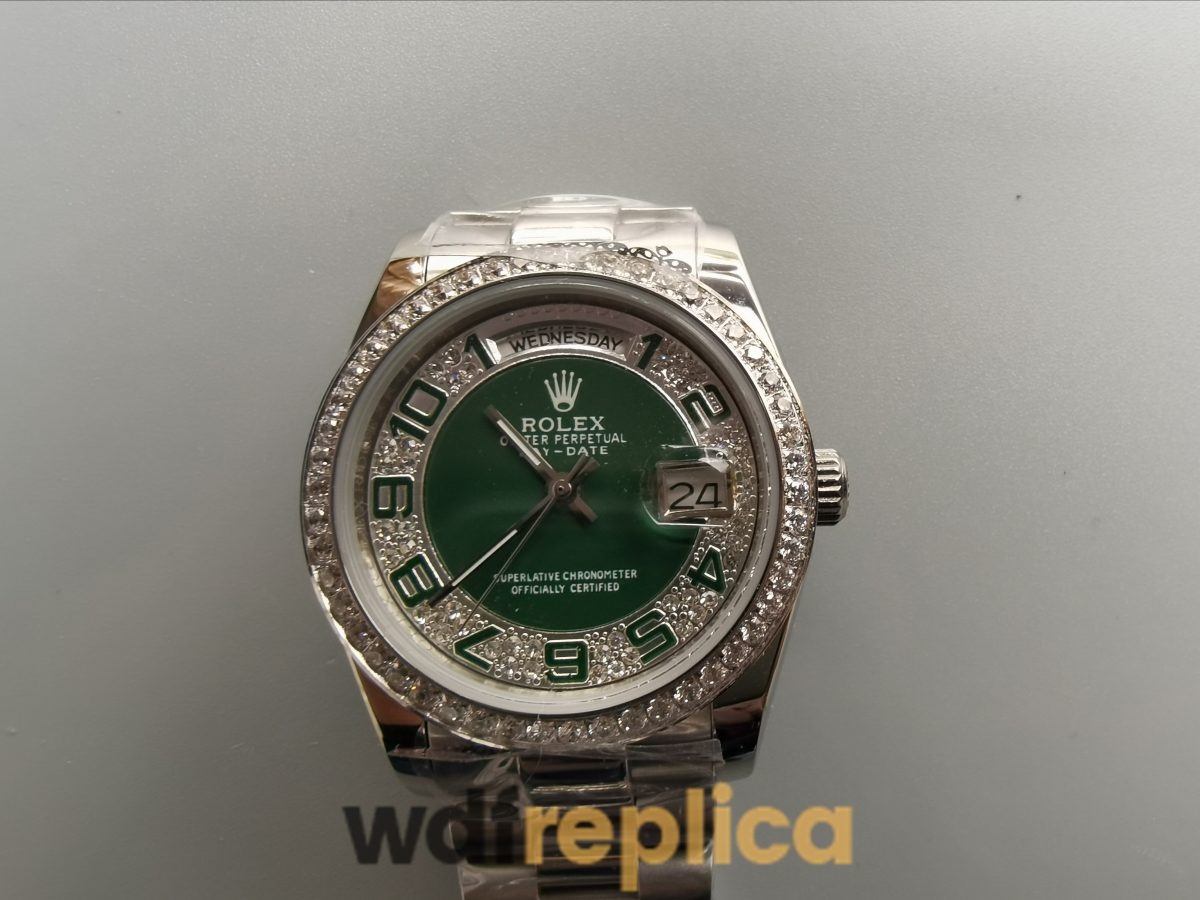 Rolex Day-date 118346 36mm Green And Silver With Diamonds For Women Watch