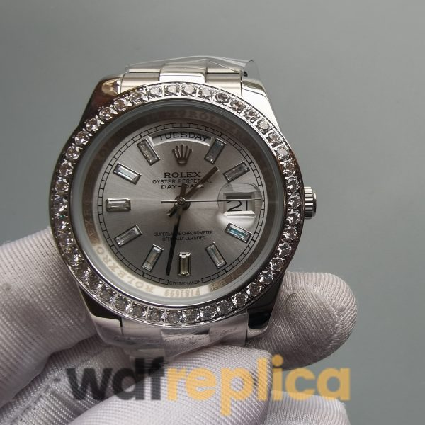 Rolex Day-date 228349 Silver Dial And 18 carat white gold president 40mm For Men Watch